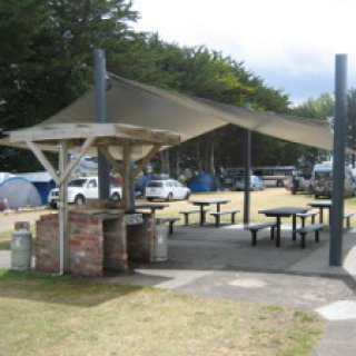 Tolaga-Bay-Holiday-Park-03